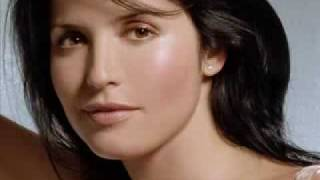 Watch Corrs Peggy Gordon video