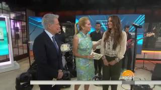 Download Lagu Lauren Daigle - How can it be? (Today show) Gratis STAFABAND
