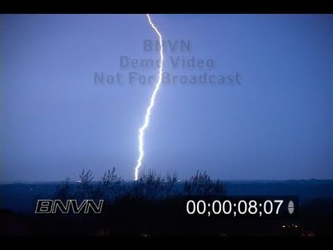 4/18/2005 Lightning Video. Lightning footage at night. Part 1 of 2