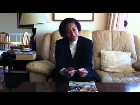 Dr Mamphela Ramphele signs Compassion's Vision for Fair Food and Farming