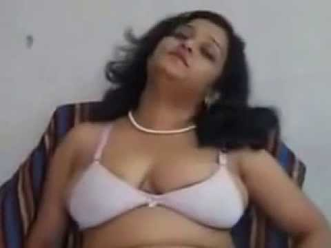 Indian desi aunty real hot mms video new release - YouTube