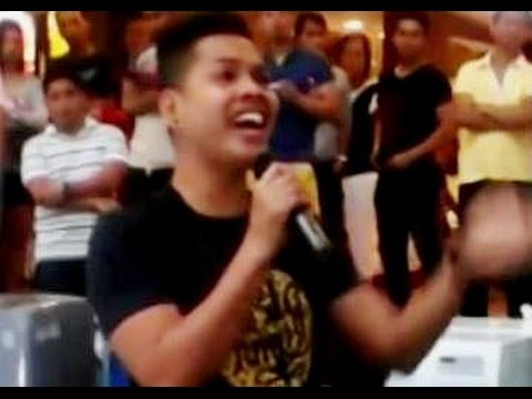 "Filipino DUAL VOICE guy singing ""THE PRAYER"" (Super Incredible Performance!!!)"