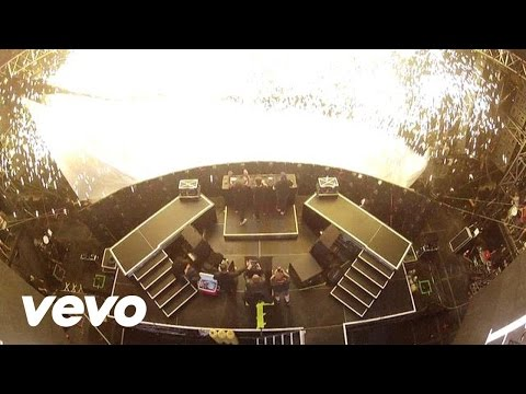 Swedish House Mafia - Greyhound (Live from Miami) Music Videos