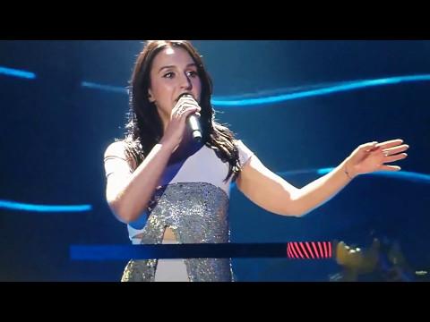 Задница Виталия Седюка во время выступления Джамалы на Евровидение 2017 | Ass In Eurovision 2017