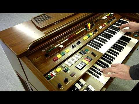 Yamaha C605 Electone Organ Improvisation
