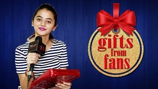 Helly Shah Receives Gifts From Her Fans    Gift Segment   Telly Reporter Exclusive