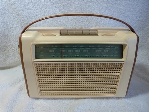 1962 Philips model L4X98T/72 transistor radio (made in Holland)