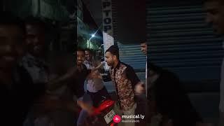 Ismail bhai aur angrezaa bhodooo