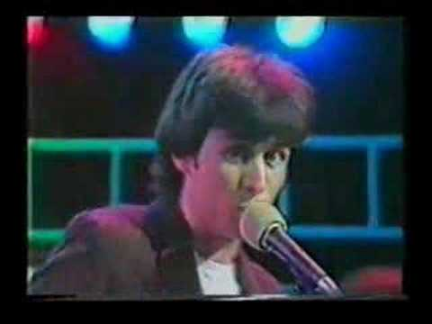 Xtc - Ball & Chain