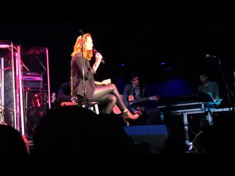 Katharine McPhee - Heart Shaped Wreckage (Live @ Clearwater, FL)