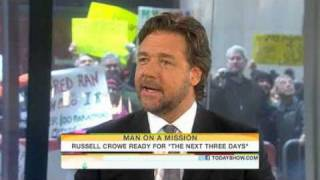 Russell Crowe Twitter, quitting coffee and cigarettes