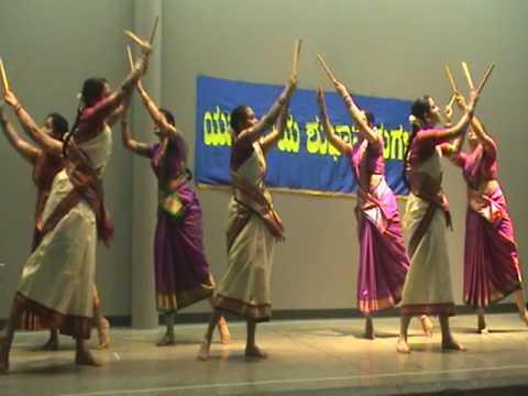 Shrithy - Dance For Classic Kannada Song video