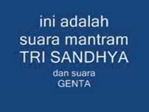 Agama Hindu lantunan Mantram Tri Sandhya