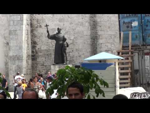 2010 0411 16:10 CeltFest Cuba: Street Parade - Plaza de San Francisco de Asis