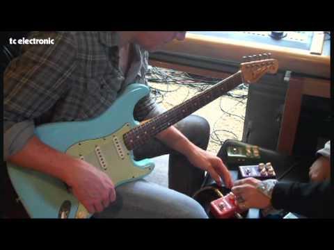 Dann Huff creates a shaker vibrato TonePrint
