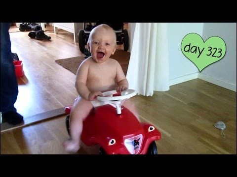 WATCH OUT! NAKED TODDLER DRIVING! (day 324)