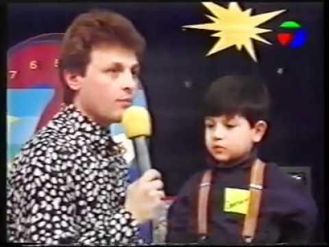 Къци Вапцаров интервюира малък дилър ! Хаха