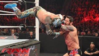 The Lucha Dragons vs. Sheamus & King Barrett: Raw, November 2, 2015