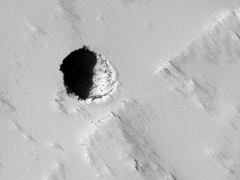 NASA's Mars Reconnaissance Orbiter (MRO) takes High resolution Imagery of Planet Mars and Curiosity!