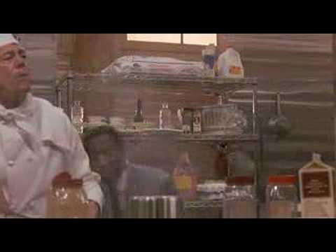 Make spaghettis Scotty, extrait de Leonard Part 6 (1987)