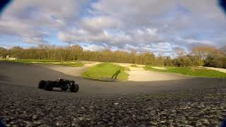 Arrma Kraton - First run at BMX track - Big jumps !