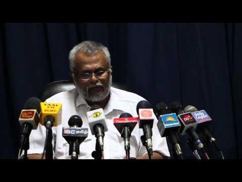 Media conference with K.N.Dules Devananda (E.P.D.P) in Jaffna - press-03