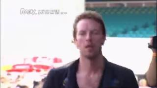 Epic Moment Of Chris Martin Must Watch