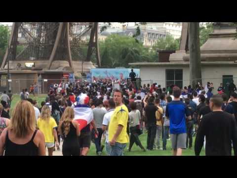 Video: Riots near Fan Zone before Final match