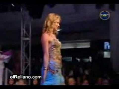 Descuido de la miss universo 2004 Video