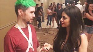 I SPILLED MY DRINK ON JACKSEPTICEYE? - VidCon Vlog - AZZYLAND