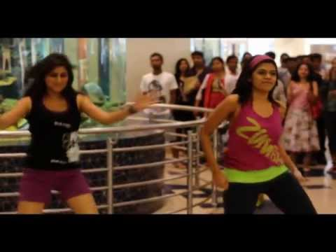 Flash Mob At Hyderabad GVK One on 11 dec 2011 - ShriFX