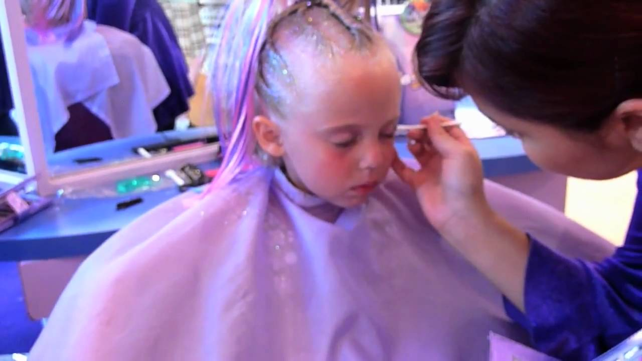 Disney studio 365 rock star makeover at disneyland youtube for A star is born kids salon
