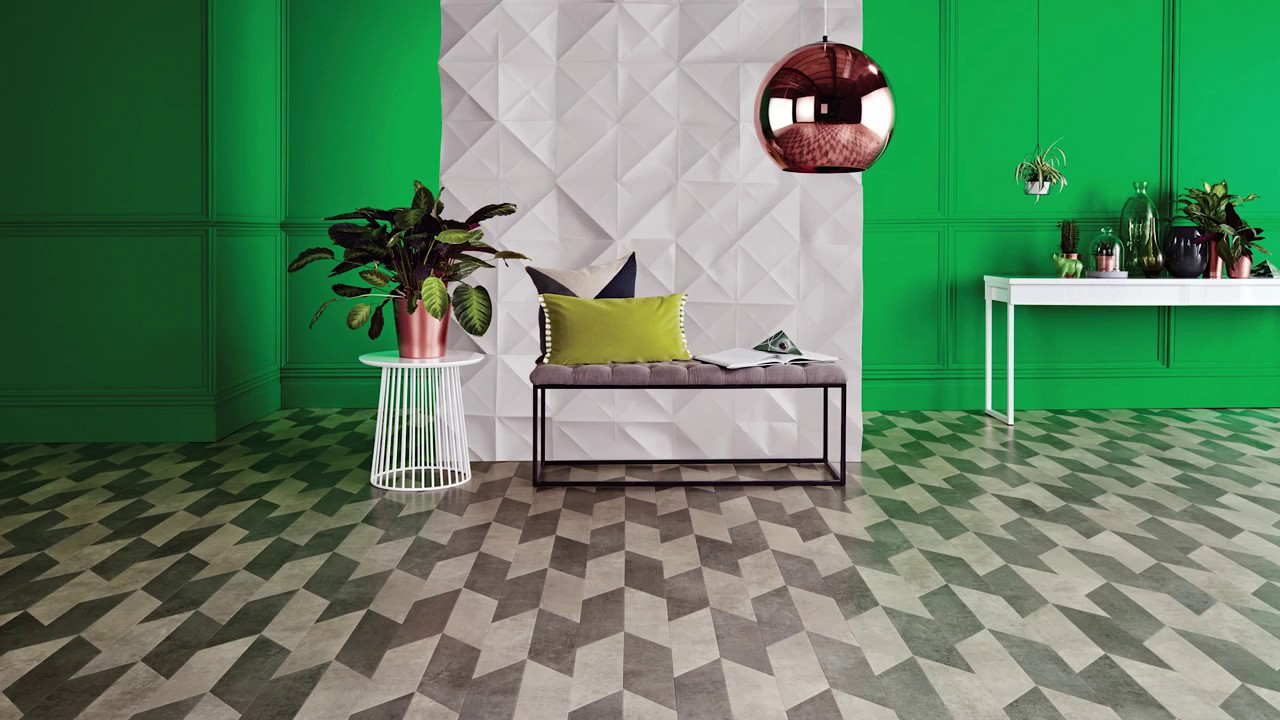 Laying vinyl flooring tiles
