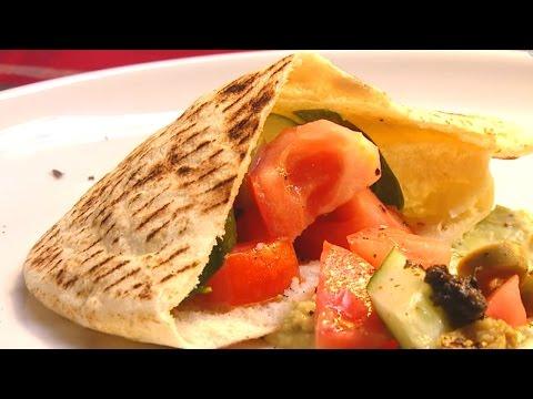 現代心素派-20151201 名人廚房 - Victor - 松露酪梨沙拉三明治、美式炒蛋