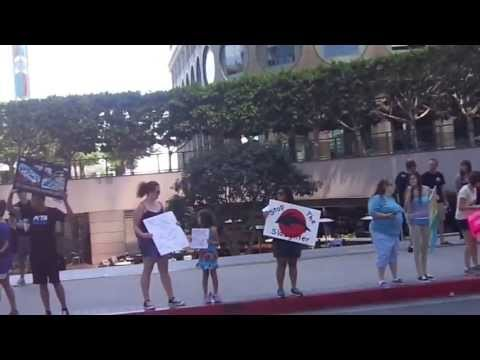 1st video Taiji Dolphin Slaughter Protest 8-30-13 Downtown LA Japanese Consulate