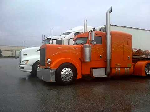Peterbilt 379 Flat Top Hqdefault.jpg