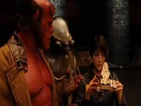 Hellboy II - Hot Chick On Fire