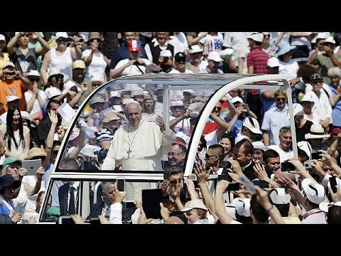 Pope Francis calls for peace and reconciliation on visit to Sarajevo