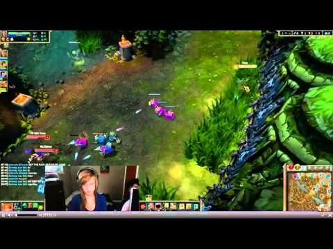 Boyfriend Hits Girlfriend Over League Of Legends video