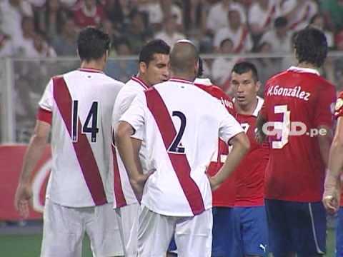 Seguimiento a Claudio Pizarro ante Chile