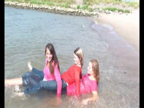 WetClothingGirls: Maja, Sabrina & Jacqueline