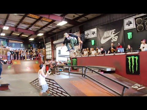 RYAN DECENZO FIRST PLACE TAMPA PRO 2015 BEST TRICK