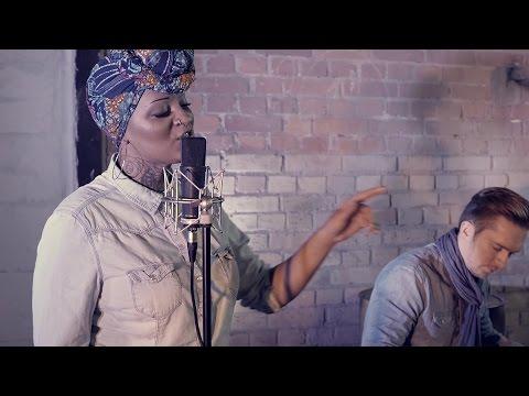 download lagu Kamisa Negra - DKR Cover Booba gratis