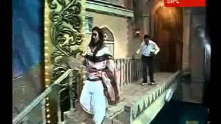 Download video Boman-Ritesh-Lara's comic timings make IIFA a hit