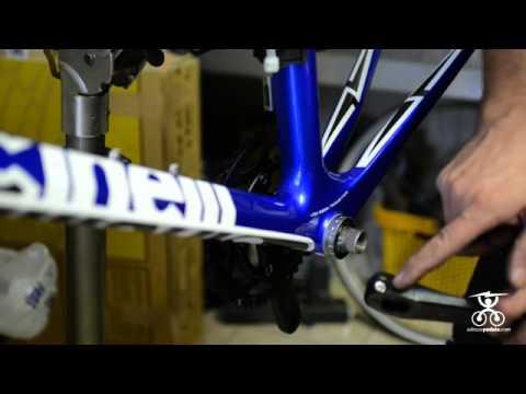 Montaggio movimento centrale e guarnitura - Bici da corsa