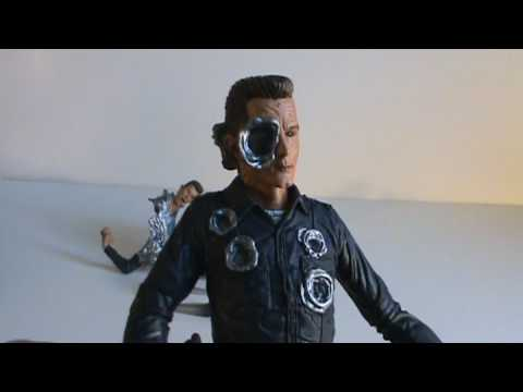 Toy Spot - Movie Maniacs Terminator 2 T-1000