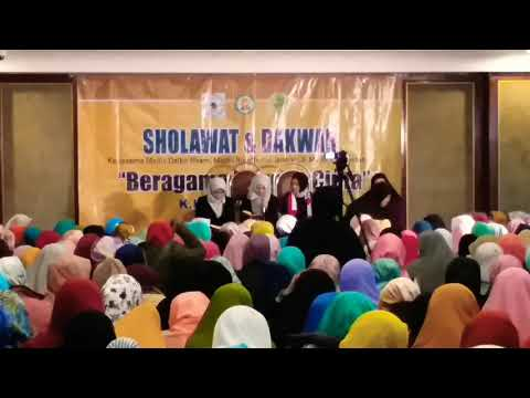 K.H Anwar zahid Terbaru || TKW Hong Kong Berqiroah || 25 desember 2017