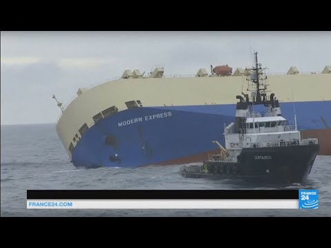 France: overview of dangerous but successful operation to stop cargo ship from crashing