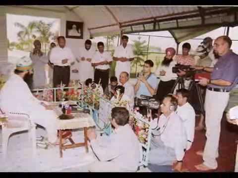 Satguru Bakhsh Do...---dhan Dhan Satguru Tera Hi Aasra... video