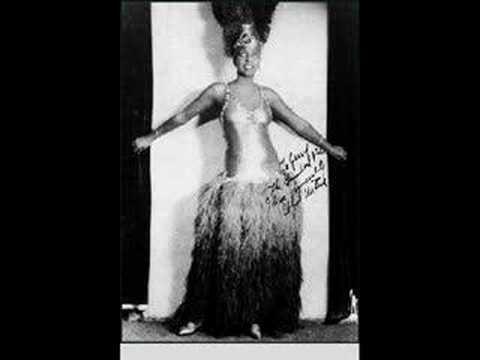 Roaring Twenties : Ben Selvin Orch. - Am I Blue?, 1929